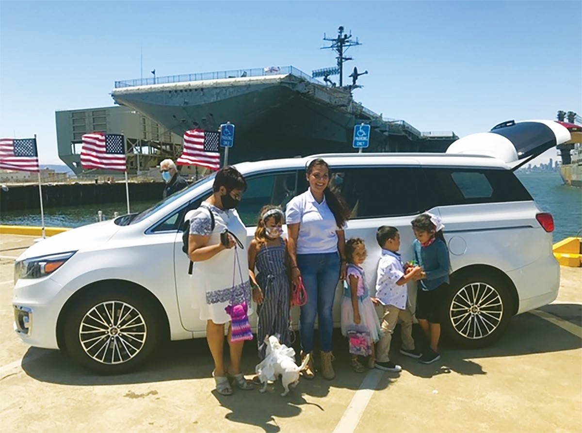 Photo Credit &nbsp&nbsp Petty Officer Second Class Eladia Minton with her family.