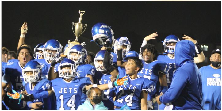 The Encinal Jets  celebrate their  fifth straight Island  Bowl victory  after defeating  crosstown rival  Alameda Hornets  41-7 at Willie  Stargell Field.  They still trail the  overall series lead  33-31-2.