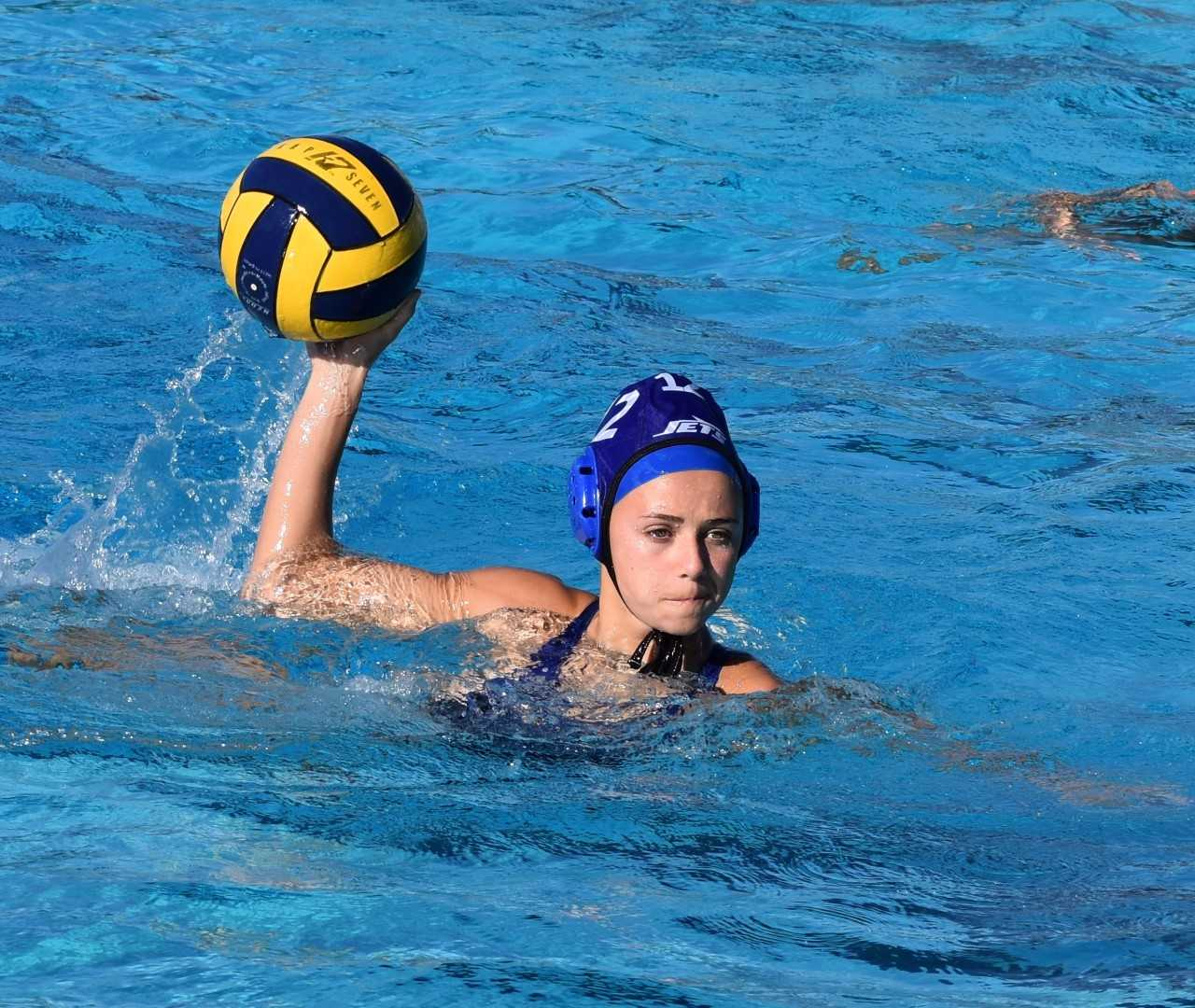 Kristina Nelson &nbsp&nbsp Shelby Nelson attempts a shot while competing at the Dixon Tournament on Sept. 23. Nelson and her Encinal squad went a perfect 3-0 in the one-day Dixon Tournament. The Jets sport a 13-4 overall record. Less than a week remains in the regular season before the West Alameda County Conference Tournament.