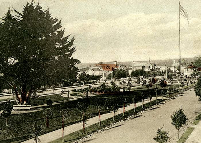 Alameda Museum &nbsp&nbsp This colorized photograph likely depicts Alameda Park before it took on the name Jackson Park in 1909.