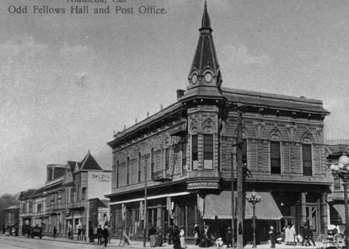 Courtesy Alamedainfo.com  The 1878 Oddfellows Lodge at Santa Clara Avenue and Park Street as it appeared before being replaced with the building that stands there now in 1927.
