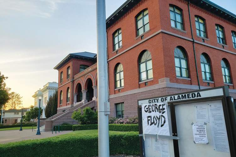 Photos by Eric J. Kos &nbsp&nbsp Over the weekend, several signs appeared in downtown Alameda expressing anger over the death of George Floyd. Signs surrounding Alameda Police Department (APD) contained messages like #BlackLivesMatter.