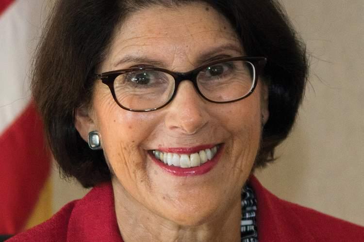 Marilyn Ezzy Ashcraft