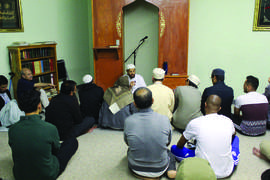 Rasheed Shabazz &nbsp&nbsp Islamic scholar Imam Zaid Shakir, co-founder of Zaytuna College, attended taraweeh prayer at the Islamic Center of Alameda on the second night of Ramadan and discussed the benefits of fasting.