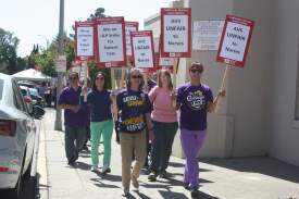 Dennis Evanosky &nbsp&nbsp Alameda Hospital nurses marched for fair labor practices last Friday, Sept. 20.