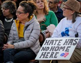 Lynn La Rocca &nbsp&nbsp&nbsp Hundreds turned out in support of Temple Israel after the building was vandalized with hate messages.